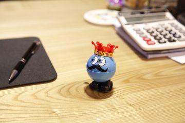 Der kleine blaue Spendenkönig erklärt: Wann ist der Mitgliedsbeitrag eine Spende?