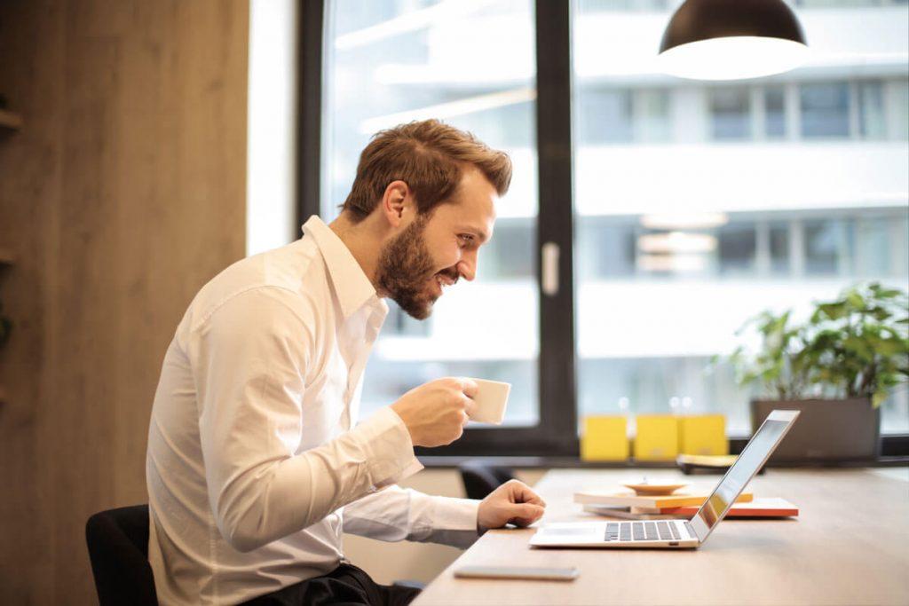 SEPA-Lastschriftverfahren im Verein – Vereinfachte Buchhaltung am Laptop