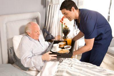 Mehrere Pflegepersonen