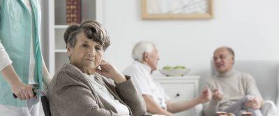 Zusätzliche Pflegekraft bei Heimunterbringung