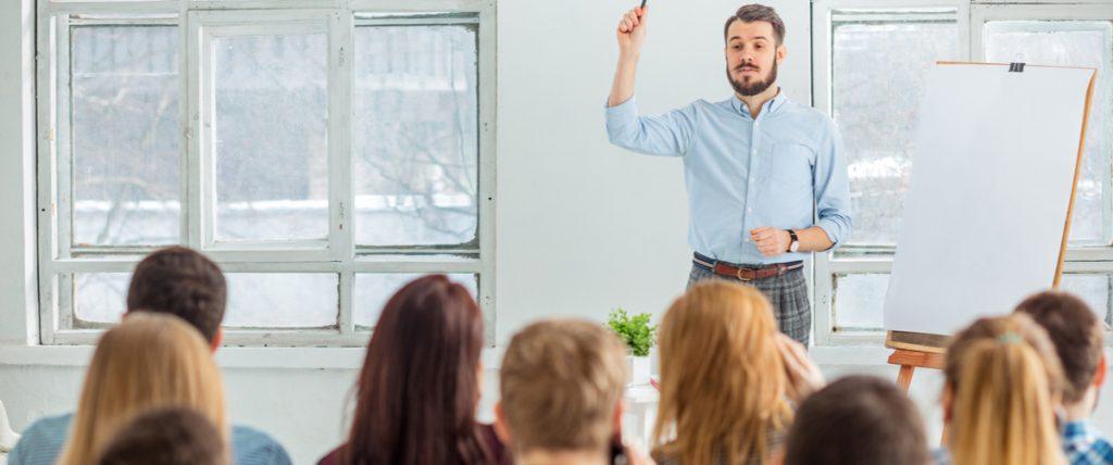 Bildungsurlaub: absetzen Steuererklärung Klassenzimmer