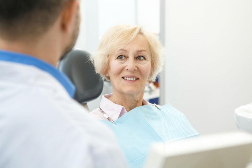 verbraucherblick 08/2017 Vorteile und Nachteile von Zahnimolantate
