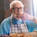 Essen für Senioren - verbraucherblick 04/2018