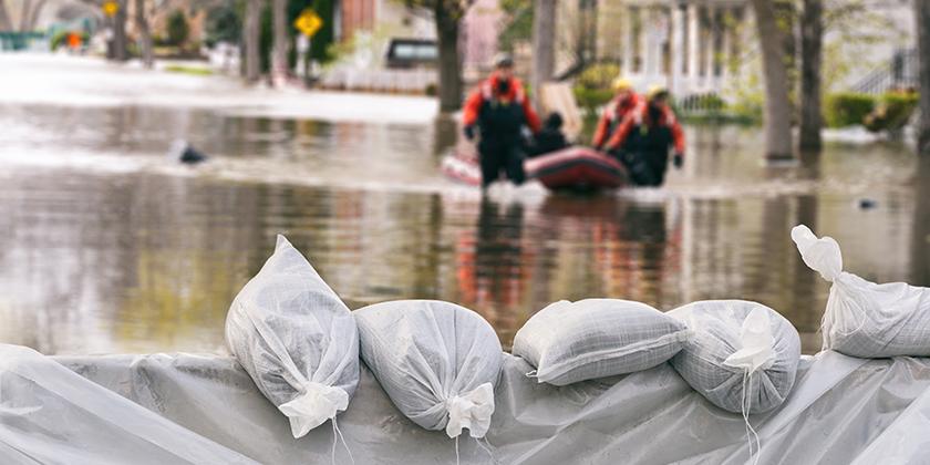 Haus unter Wasser – wer zahlt?