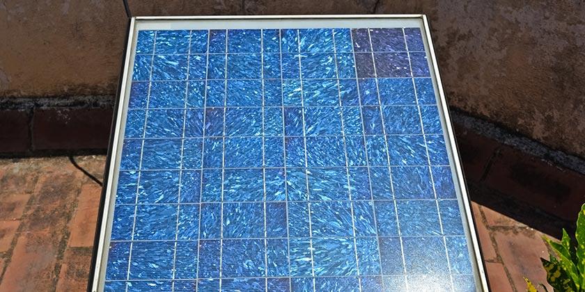 Die Solaranlage auf dem Balkon